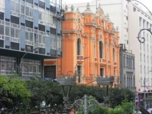 Eastlit June 2014 Editorial: Nichole Reber. Lima Peru